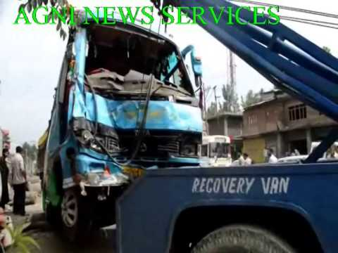ANANTNAG... BUS ACCIDENT 3 DEAD