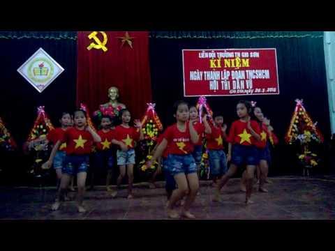 dân vũ doremon - tiểu học Gio Sơn