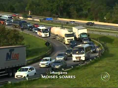 Acidente provoca lentidão na rodovia Raposo Tavares em Sorocaba