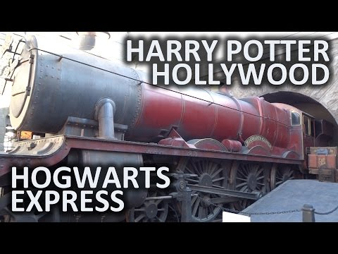Hogwarts Express and Hogsmeade Station at Universal Hollywood's Wizarding World of Harry Potter