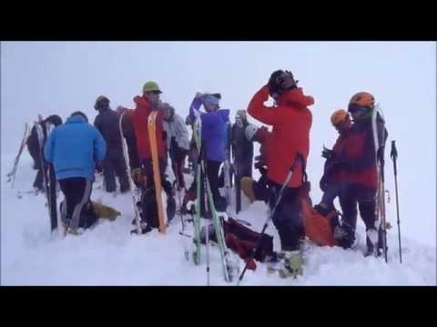 Ascensión y descenso con esquís del Montardo