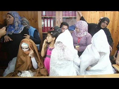 زفاف جماعي في مدرسة للاجئين برفح