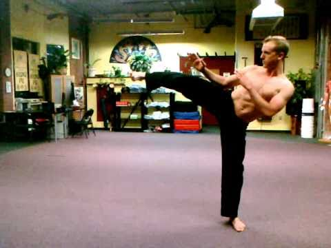 Chinese Qi Gong Posture #5