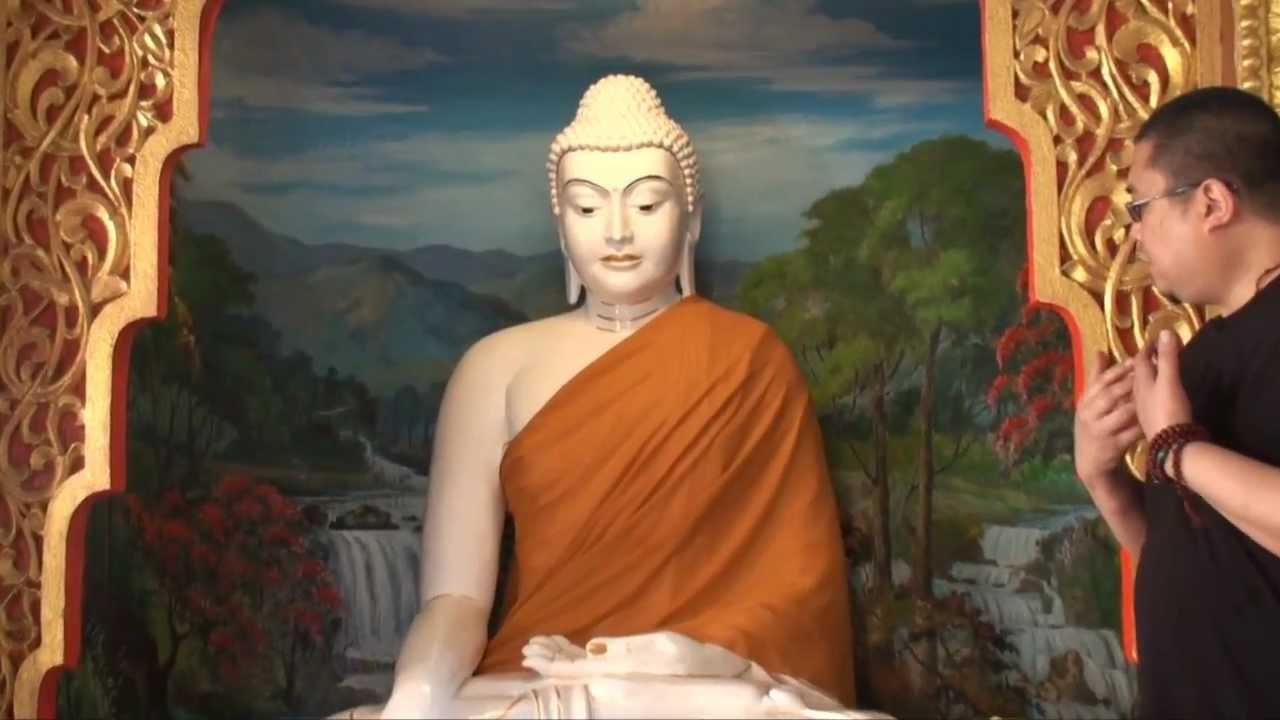 tsem rinpoche visits famous penang burmese temple   youtube