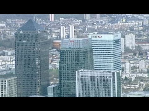 UK lawmakers want tougher banking reform