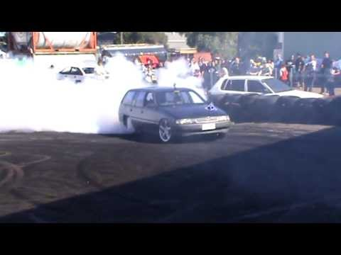 5  SKDP1G Holden V6 VN Wagon Burnout At TMAR & TE Performance Burnouts Mount Druitt 7 7 2013