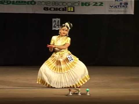 kerala school kalolsavam 2012 mohiniyattam performed by Lavanya