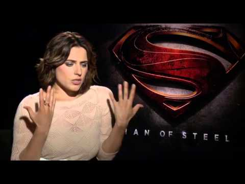 Antje Traue Interview - Man of Steel