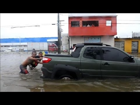 Floods hits northeastern Brazilian city of Recife