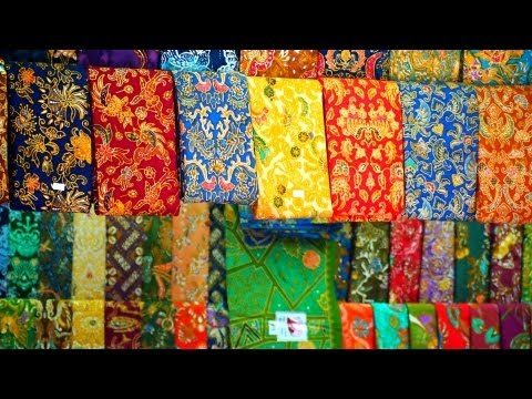 Visiting the Bogyoke Aung San Market | Yangon Travel