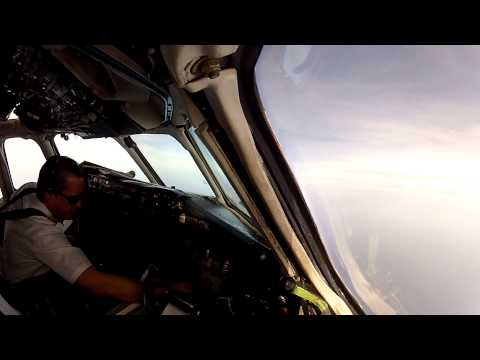 Part 1 MD80 Curacao to Caracas (SVMI) Full  Flight  Gusty Weather