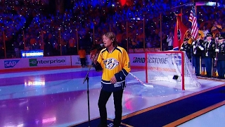 Keith Urban sings Star Spangled Banner before Game 3