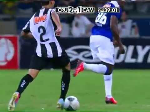 Lances violentos e tumulto na final de Cruzeiro x Galo