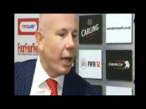 Swindon Manager Paolo Di Canio in fight with Striker Leon Clarke - 30/8/11 (HD)