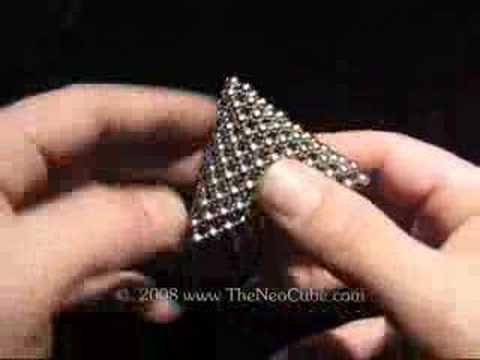 The NeoCube - головоломка с миллиардами решений.