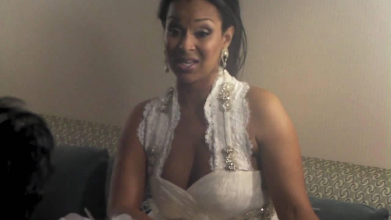 Lisa Raye Wedding Short Hairstyle 2013