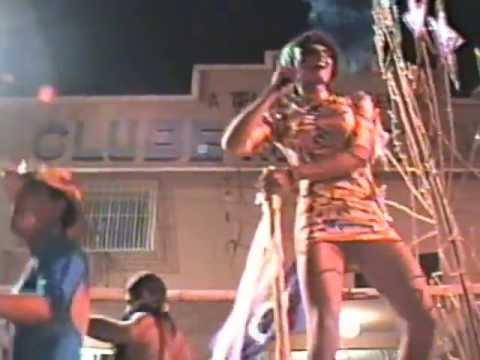 BLOCO GAIOLA DAS LOUCAS NO CARNAVAL DE SANTA MARIA MADALENA EM 1996 I