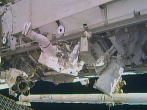 Spacewalk to repair space station delayed