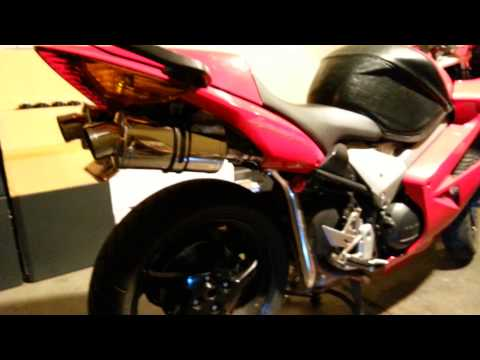 2002 HONDA VFR800 DELKEVIC SS70 EXHAUST! SOUNDS SWEET!!