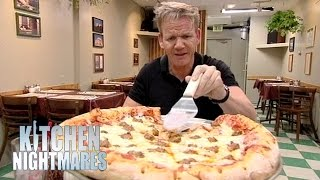 'Thin Crust Pizza' Actually Has Massive Crusts - Kitchen Nightmares