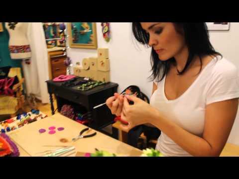 Giovanna Paz wire crochet jewellery demonstration