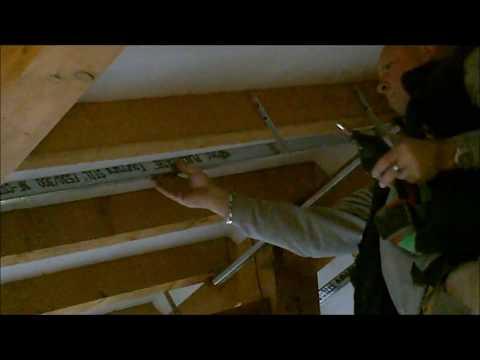 Isolation cologique sous toiture bricolage avec robert phim video clip - Ossature plafond rampant ...