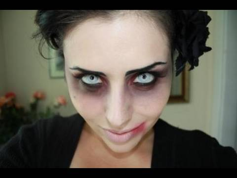 Sexy vampire face paint