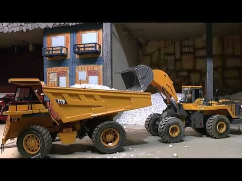 RC construction site, RC mine, RC CAT 777D in action