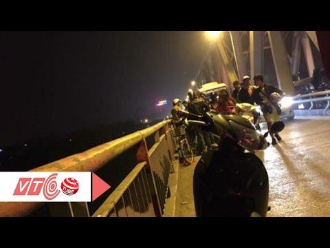 Thất tình, nam thanh niên nhảy cầu tự tử | VTC