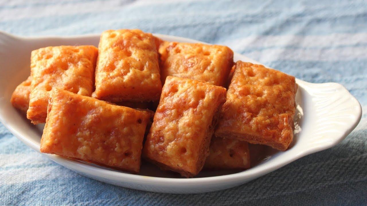 Cheesy Crackers - Homemade Cheese Crackers Recipe - YouTube