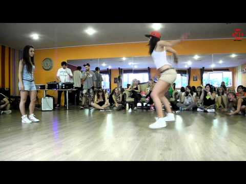 Dancehall Camp Jam 2013 - 1/4 Dancehall 1vs1 -Ewa Masta Step vs Karolina Dancehall Mafia