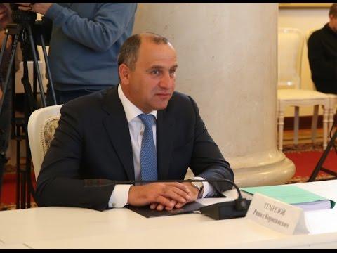 Глава КЧР выступил с докладом на заседании Правкомиссии по вопросам социально-экономического развития СКФО