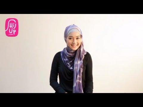 Hijab Style Tutorial 17 by HijUp.com