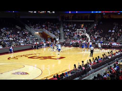 Clippers Scrimmage - Willie Green dunk