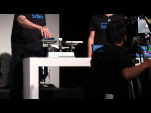 Surface Pro 3と某AppleのノートPCと、重さを比較