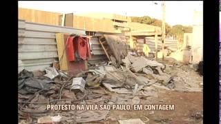 Moradores protestam contra bota-fora clandestino em Contagem