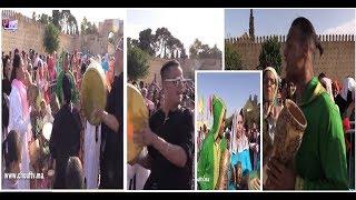 بالفيديو..طقوس خاصة في افتتاح موسم مولاي ادريس بفاس |