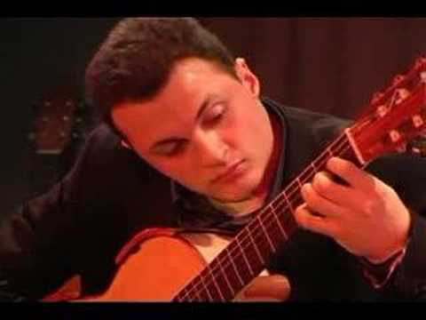 Gavotta - Suite in old style (Ponce) - Flavio Sala, guitar