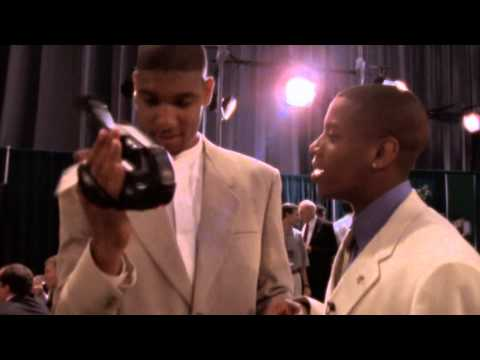Champions Revealed: Tim Duncan Introduces the Selfie