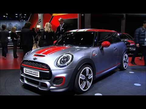 MINI Cooper at 2014 North American International Auto Show Detroit - NAIAS