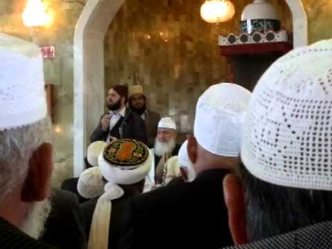 Moulana Tariq Mujahid Jelumi at funeral of Hazrat Allama Ghulam Rasool Chackswari (ra)