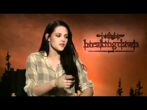 Interview Kristen Stewart et Robert Pattinson par SHOWBIZ TONIGHT VOSTFR