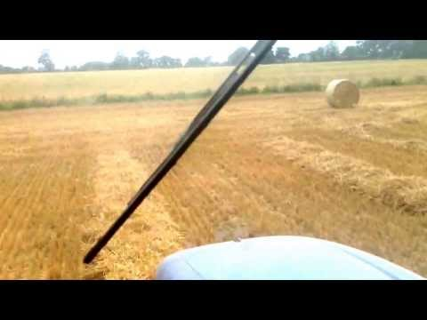 New Holland T6070 with BR7070 baler      (H.J Taylor & Sons)