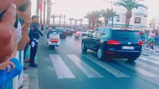 المغاربة يعبرون عن فرحتهم  لحظة وصول الملك محمد السادس إلى المضيق   |   قنوات أخرى
