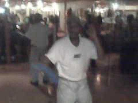 old dude gettin down.3GP