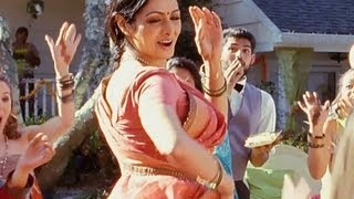 Navrai Majhi (Full Song) - English Vinglish
