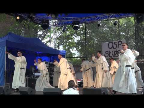 Dominikanie śpiewają... disco polo!
