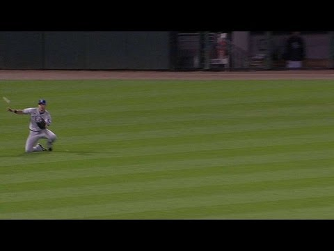 TEX@CWS: Gentry slides down for the grab
