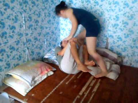 em sinh viên đánh người yêu trong phòng trọ