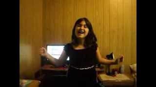 Niña Cantando Libre Soy De Frozen